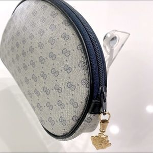 Gucci HP 💯% AUTHENTIC blue Monogram cosmetic Bag!